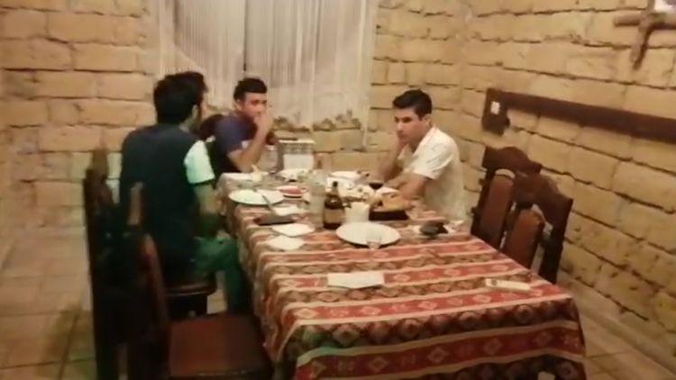 Abşeronda karantin qaydalarını pozan restoran aşkaralanıb, 11 nəfər cərimələnib - <span class=