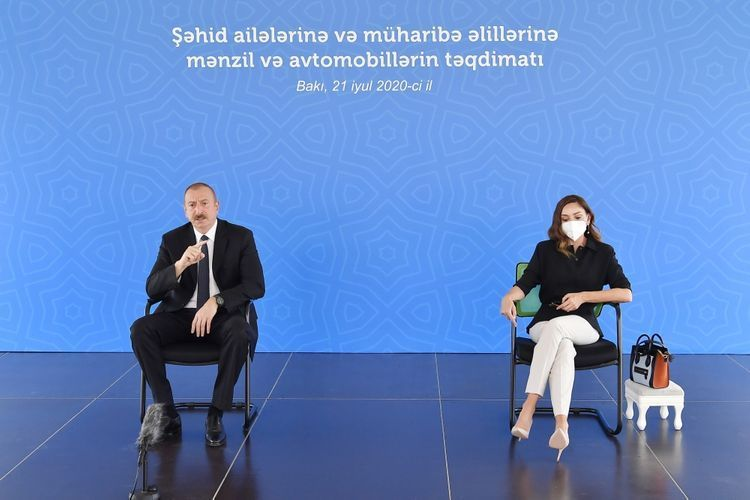 Президент Ильхам Алиев: Какие связи могут быть с Арменией, разрушающей мусульманские мечети?