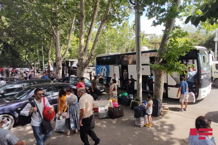 175 Azerbaijani citizens evacuated from Georgia sent from Tbilisi - <span class='red_color'>PHOTO</span>
