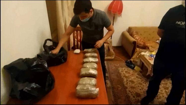 İrandan gətirilən külli miqdarda narkotikin Bakıda satılmasının qarşısı alınıb - <span class=