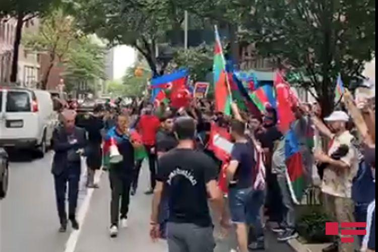Nyu-Yorkda Azərbaycan Ordusuna dəstək aksiyası keçirilib - <span class='red_color'>VİDEO</span>
