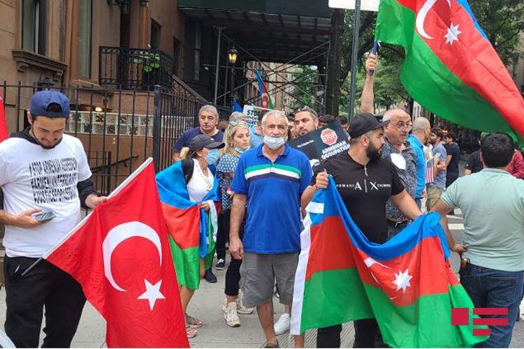 Nyu-Yorkda Azərbaycan Ordusuna dəstək aksiyası keçirilib - <span class=