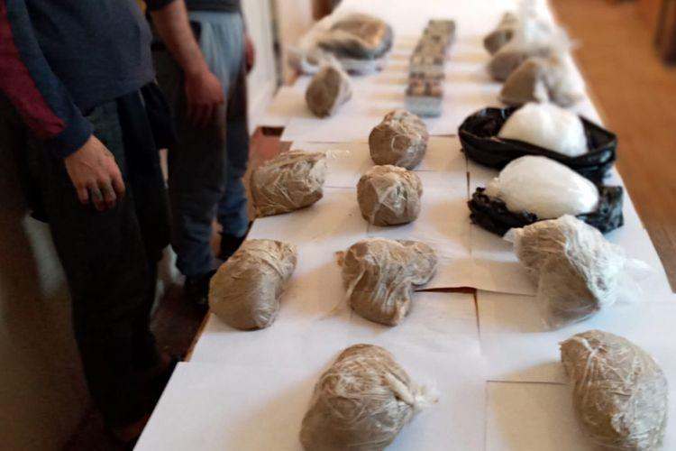 İrandan Azərbaycana 25 kq narkotikin keçirilməsinin qarşısı alınıb