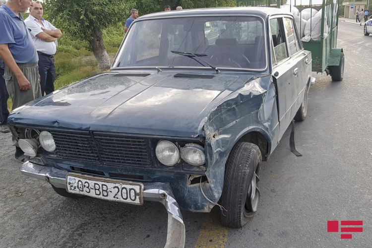 Ağdaşda avtomobil aşıb, sürücü ölüb, sərnişin xəsarət alıb - <span class='red_color'>FOTO</span>