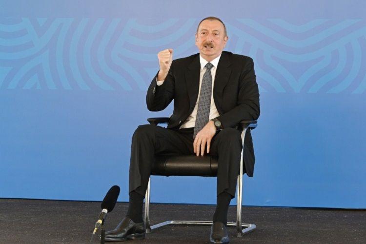 """Azərbaycan Prezidenti: """"Biz həm ölkə daxilində, həm beynəlxalq müstəvidə düzgün, ləyaqətli siyasət aparırıq"""""""