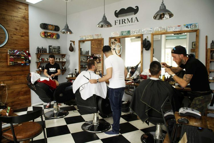 Barbershops, beauty salons in Azerbaijan not to operate during special quarantine regime