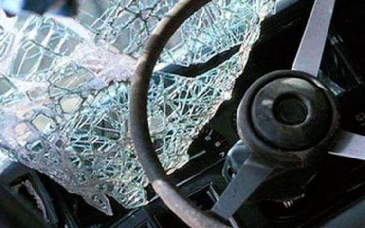 Bakıda avtomobil qəzası olub, sürücü ölüb