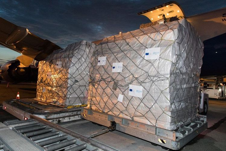 EU and WHO send 160 thousand face masks and 8 thousand protective suits to Azerbaijan