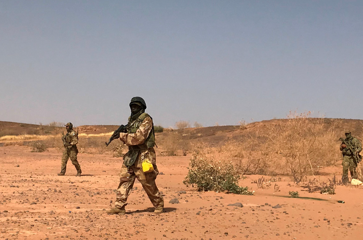 At least 10 aid workers kidnapped in southwest Niger