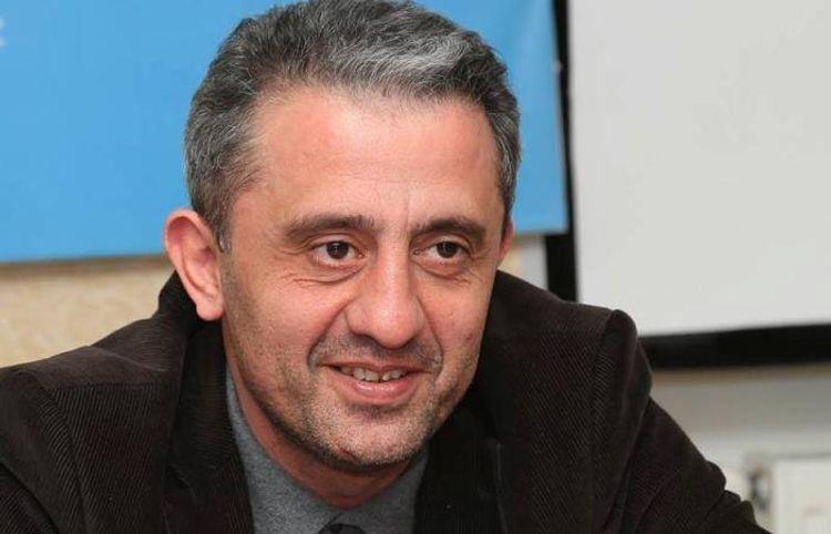 Şair Səlim Babullaoğlu koronavirusdan sağalıb