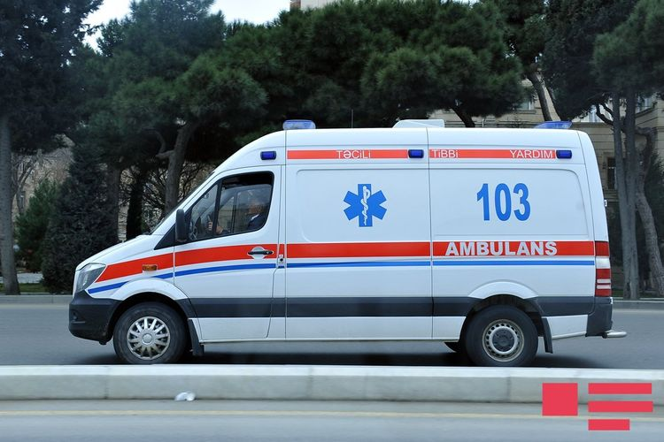 Neftçalada 2 yaşlı uşaq avtomobilin altında qalaraq ölüb