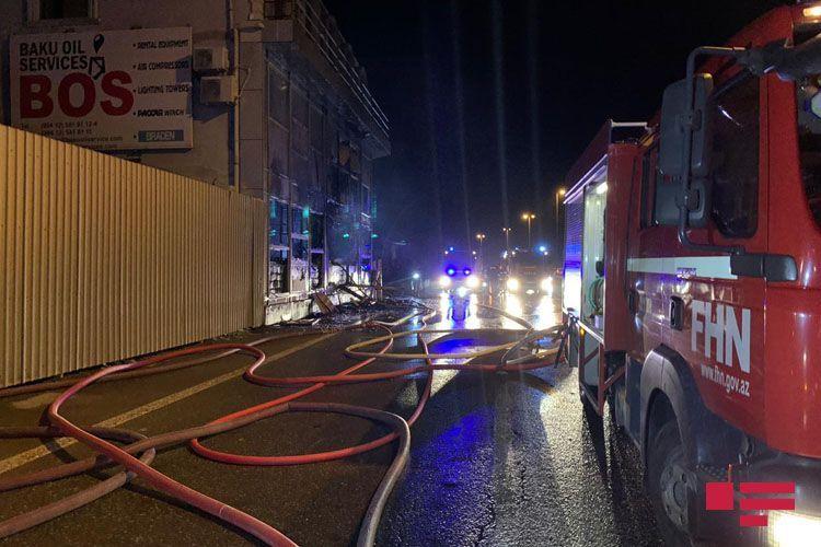 Fire hits Baku Oil Service Center in Baku - <span class='red_color'>PHOTO</span> - <span class='red_color'>VIDEO</span>
