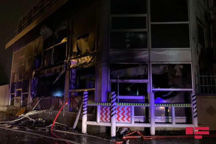 В Центре Baku Oil Service произошел пожар - ФОТО - ВИДЕО - ОБНОВЛЕНО