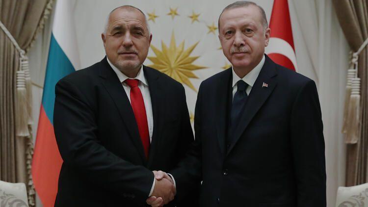 Турция отказалась от дополнительного миллиарда евро от ЕС для беженцев