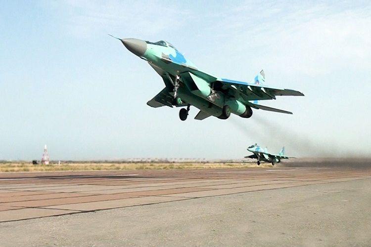 В ходе учений проведена передислокация боевой авиации - ФОТО