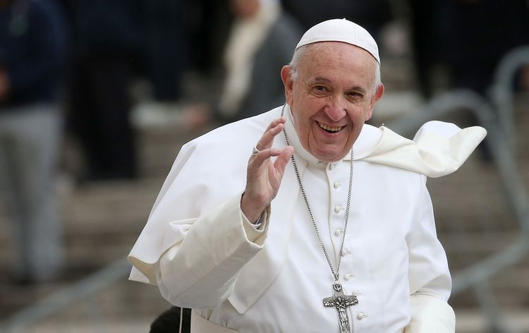 Reuters: У Папы Римского не выявили коронавирус