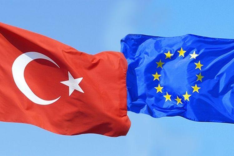 ЕС ждет от Турции полной реализации соглашения о закрытии границы для мигрантов