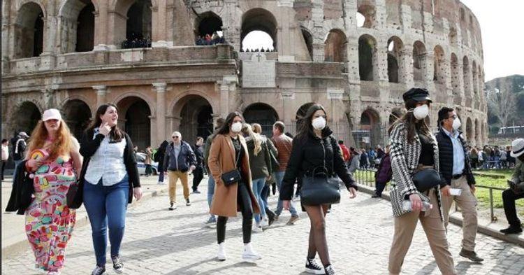 Италия закрывает школы и университеты из-за коронавируса