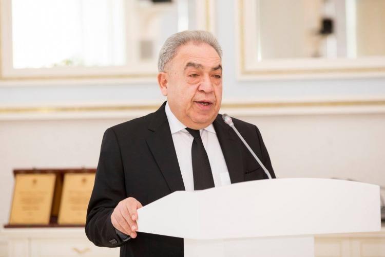 """Səfa Mirzəyev: """"Sosial-iqtisadi islahatlarla əlaqədar qanunlara dəyişikliklər ediləcək"""""""
