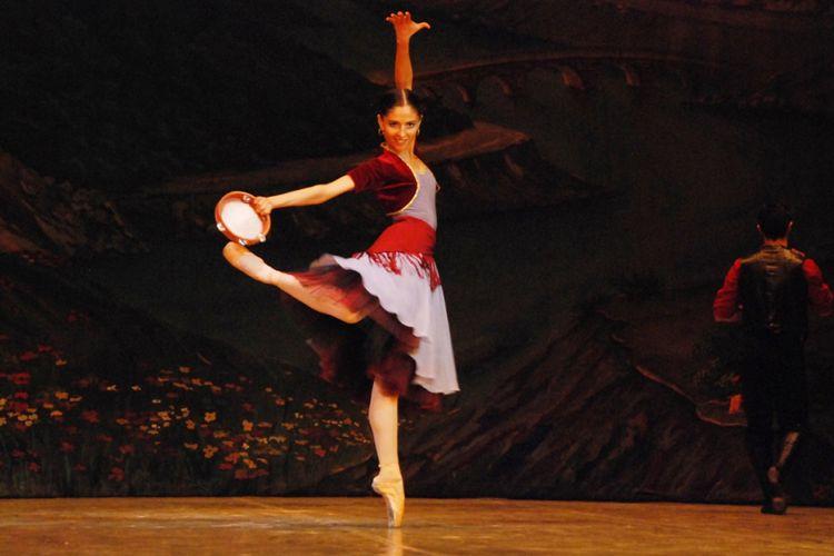"""Opera və Balet Teatrında """"Qaraca qız"""" baletinin nümayiş olunacaq"""