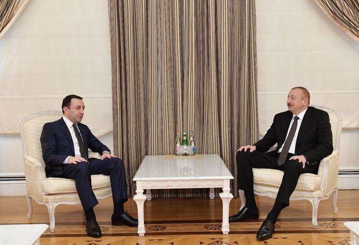 President Ilham Aliyev receives Georgian Defense Minister