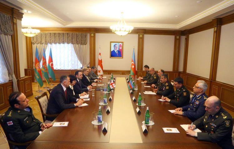 Azerbaijan and Georgian Defense Ministers held a meeting in Baku - <span class=