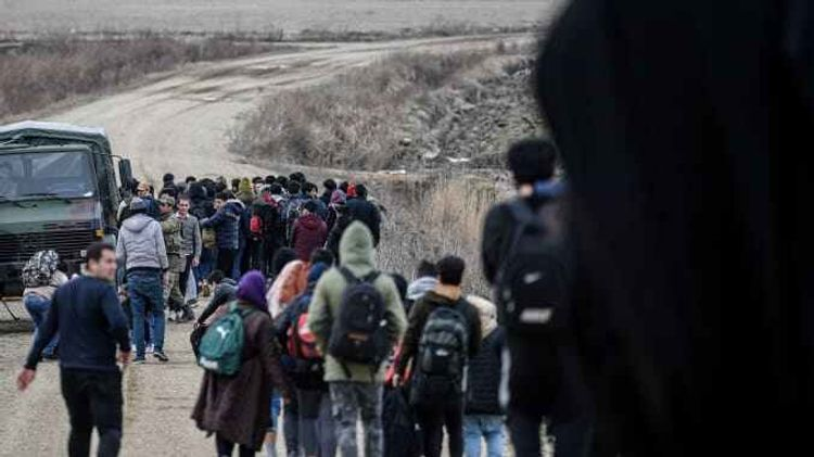 Turkey to not close borders for refugees heading to West