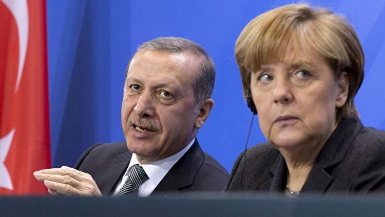 Эрдоган проинформировал Меркель о соглашении с Россией по Идлибу