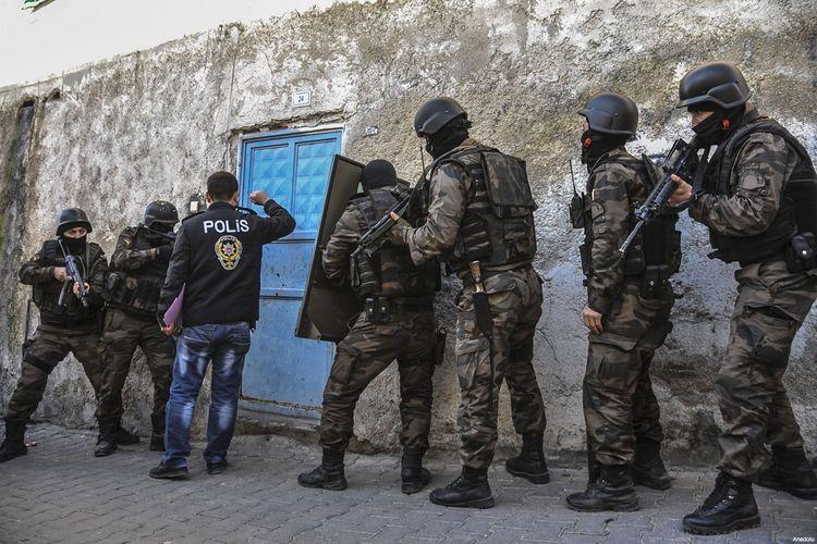 Turkey deports 2 German nationals over terror links