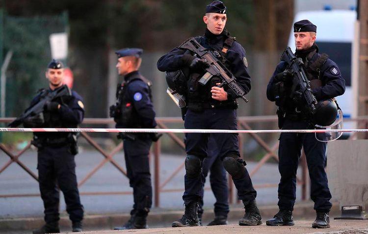 Fransada məscid atəşə tutulub, 1 nəfər yaralanıb