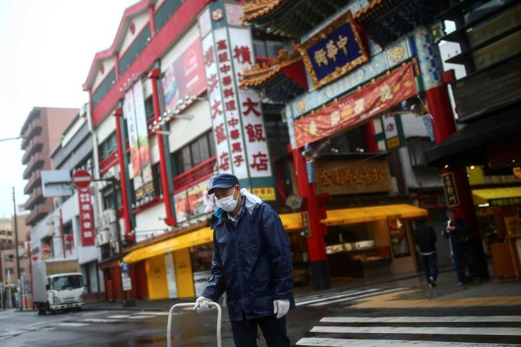 Japan plans to spend $4.1 billion on coronavirus measures