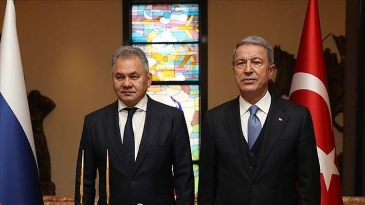 Russian and Turkish defense ministers discuss situation in Idlib