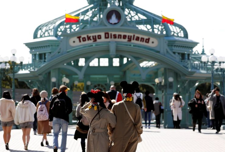 Tokyo Disneyland to stay closed through early April due to virus