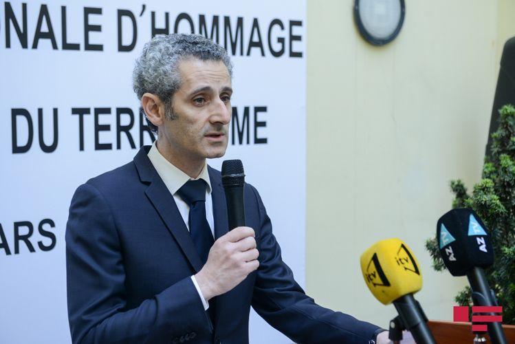 Посол Франции прокомментировал напряженную обстановку на границе Азербайджана с Арменией