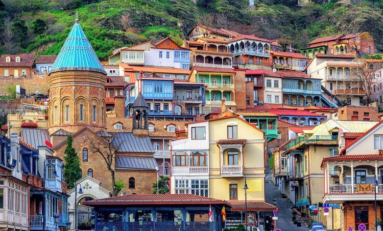 В Тбилиси закрылись 15 отелей