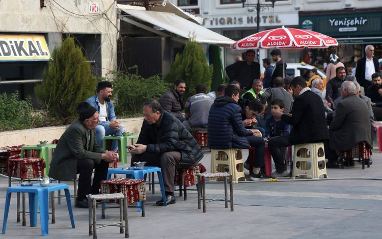 Turkey to shut down social spaces: Cafes, theaters, gyms vacated amid virus fears