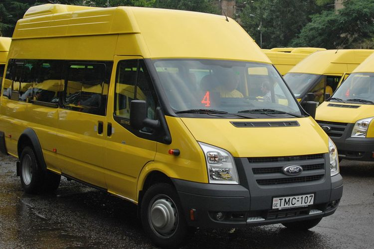 Gürcüstanda mikroavtobusların fəaliyyəti dayandırılır