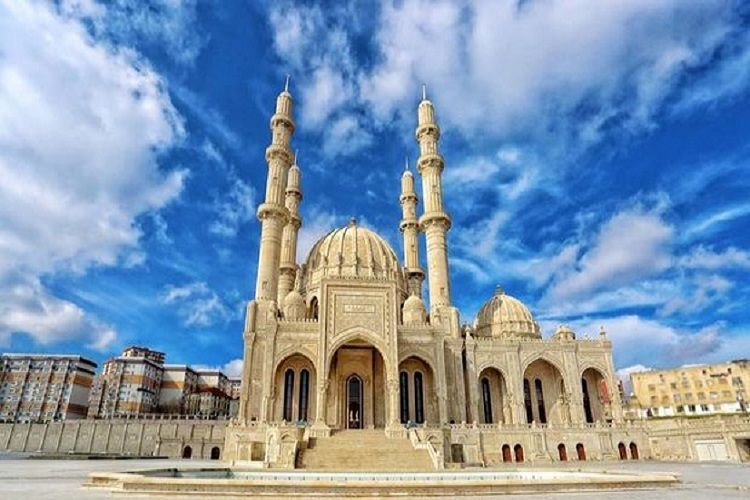 Prayers at mosques and all other places of worship suspended in Azerbaijan