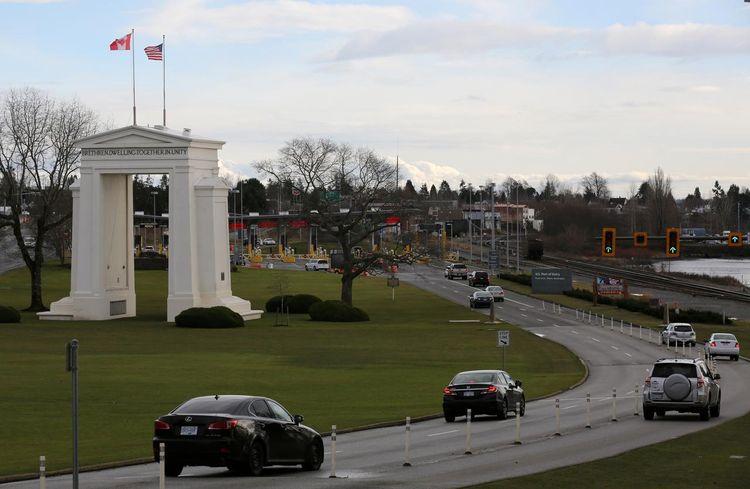 Canada, U.S. to close border to non-essential travel