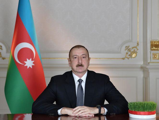 """Prezident: """"Azərbaycan satqınlardan, xainlərdən, beşinci kolonun nümayəndələrindən təmizlənir"""""""