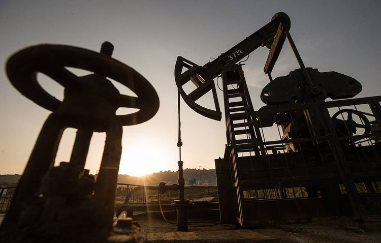 Global Oil prices extend gains, WTI Crude trades up more than 26 percent