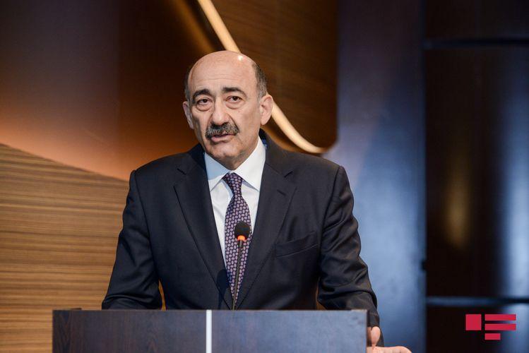 Əbülfəs Qarayev ictimaiyyətə müraciət edib