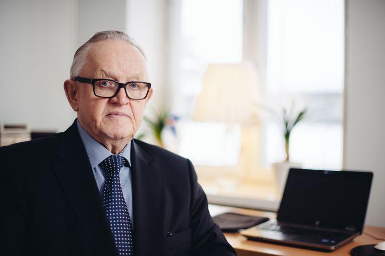 Finlandiyanın eks-prezidenti koronavirusa yoluxub