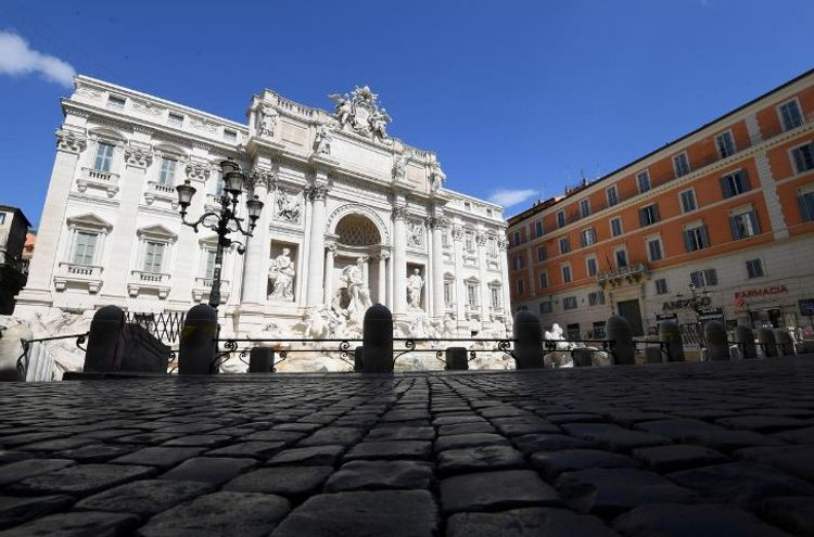 Italy coronavirus deaths rise by 743 in a day, lifting total death toll to 6,820
