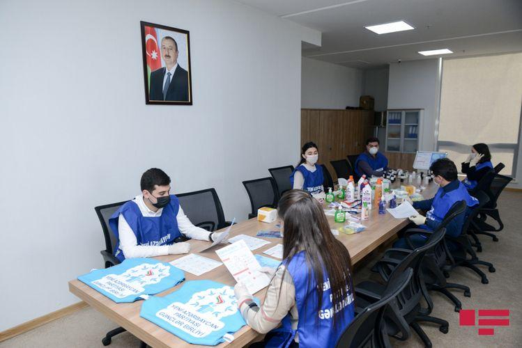 """YAP gənclərinin """"Sağlamlığımız milli həmrəyliyimizdədir"""" adlı aksiyası davam edir - FOTO"""