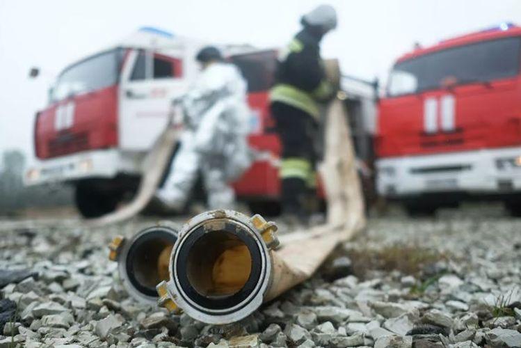 Rusiyada yaşayış binasında güclü yanğın zamanı 6 nəfər ölüb