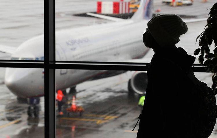 Russia fully halts international flights amid coronavirus