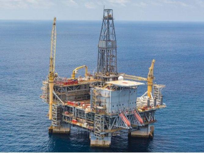 Oil-rich wealth funds seen shedding upto $225 billion in stocks