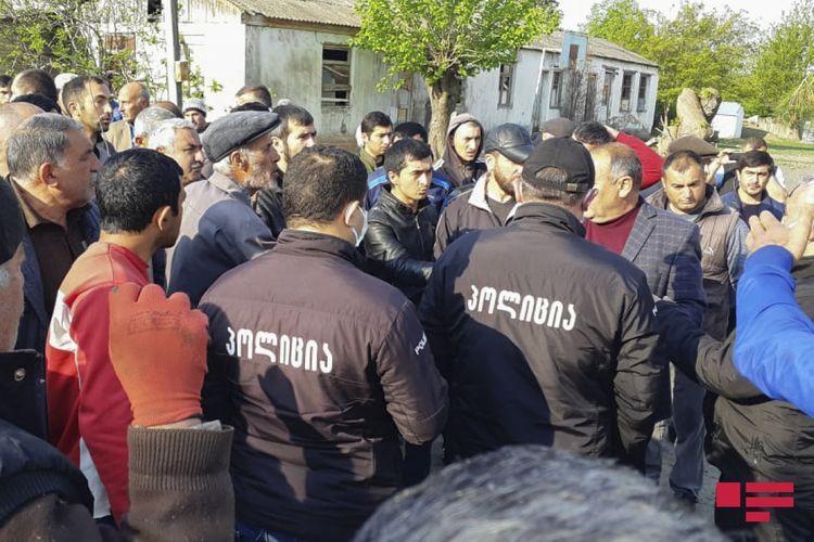 Azerbaijani villagers hold protest in Georgia