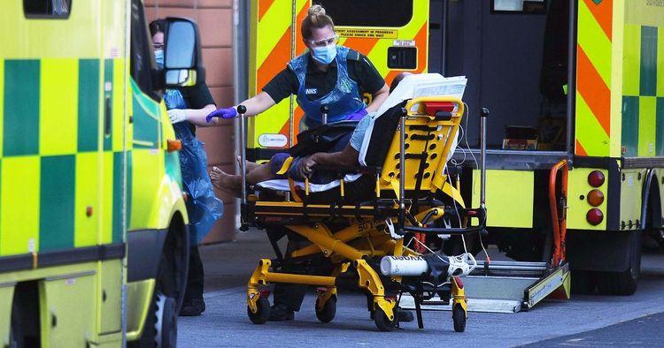 UK records 427 more coronavirus deaths